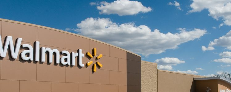 The Walmart/Visa Disagreement is Finally Over -- Visa Can Be Used at Walmart Stores Across Canada